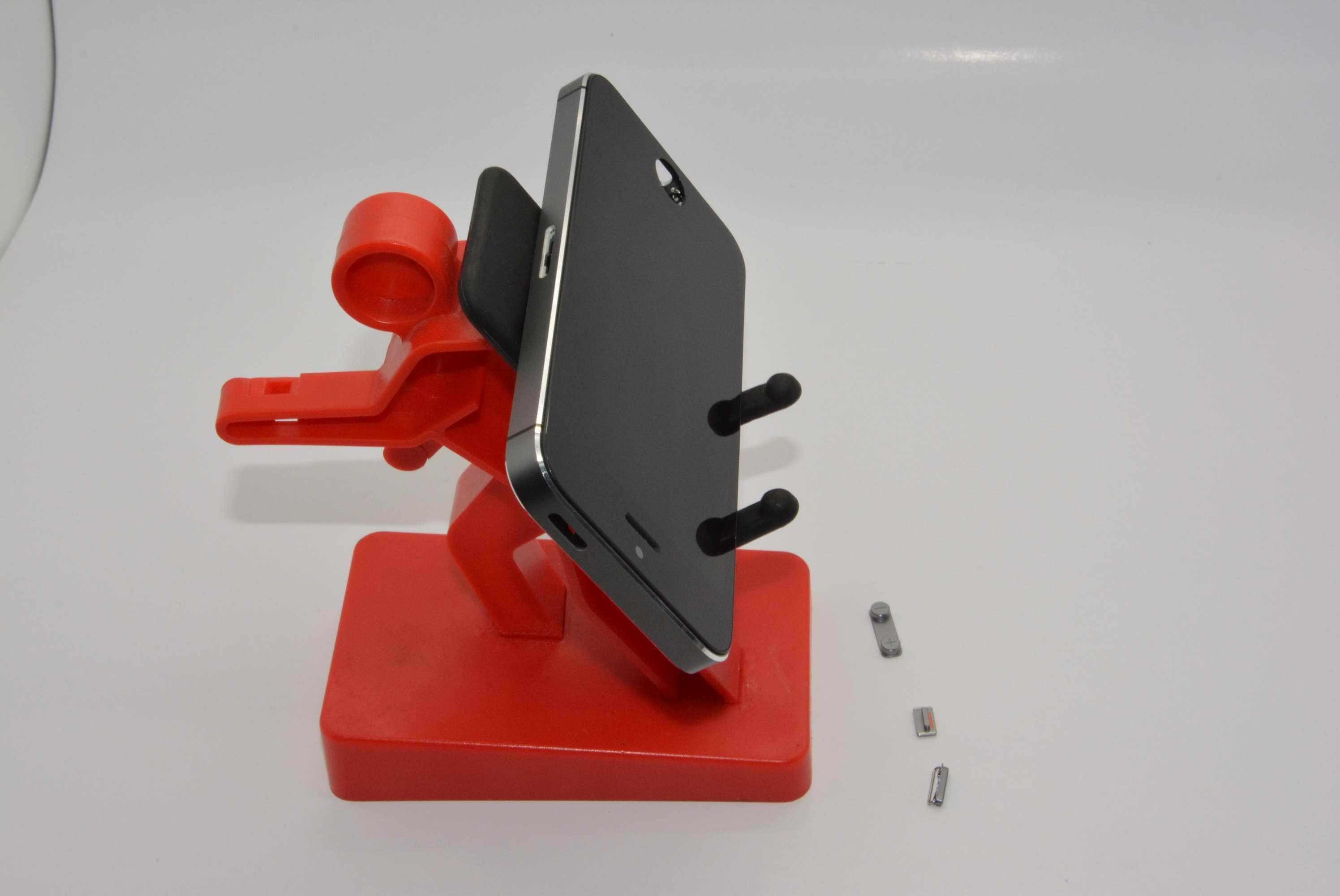 طبق قطعات لو رفته، آیفون 5S چهار رنگه است/ 26 آگوست 2013