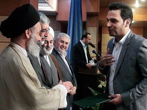 مهدی سلطانی، هومن برقنورد، احسان علیخانی و... در مراسم تقدیر از دستاندرکاران برنامههای رمضان