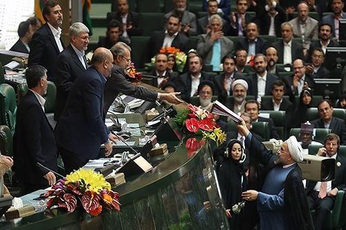 خوشبینی کاربران خبرآنلاین به رای اعتماد به کابینه روحانی