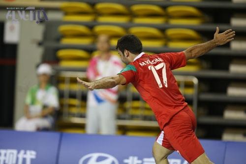 شکست تیم ملی هندبال برابر تیم چند ملیتی قطر/ شوک میثاقیانی مربی عربی روی بازیکن اروپایی جواب داد!