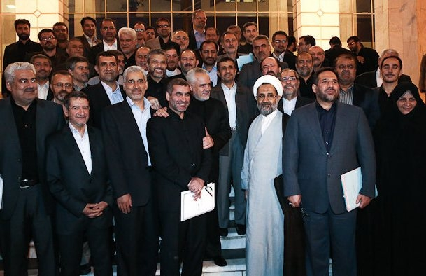 اعضای دولت احمدینژاد پس از پایان این دولت چه میکنند؟/پاسخهای مشایی،ثمره هاشمی و 9وزیر