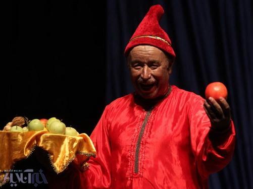 سیاه ترس ندارد/ ما را از تئاتر شهر اخراج کردند/ گفتوگو با جواد انصافی، بازیگر نقش عبدلی