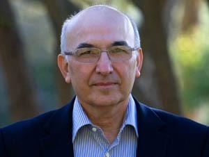 دغدغه های کاندیدای ایرانی نوبل اقتصاد