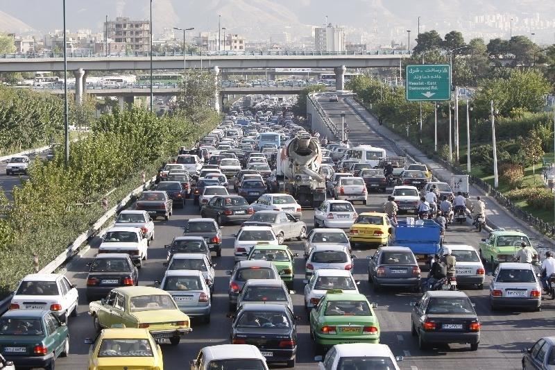 ترافیک اول مهر ۹۲ سنگین نبود/ یک سوال مهم؛ چرا؟