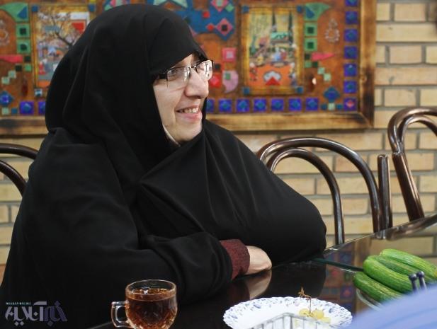 زهرا شجاعی: دولت نهم، تحقیقات ما راخمیر کرد/با بعضی  کارها، فرهنگ عوض می شود مثل انتخاب سخنگوی زن