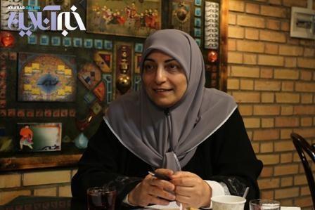 دبیر ائتلاف اسلامی زنان: برای امور خارجه و نفت ژنرالها را آوردهاند، چرا برای امور زنان نه؟