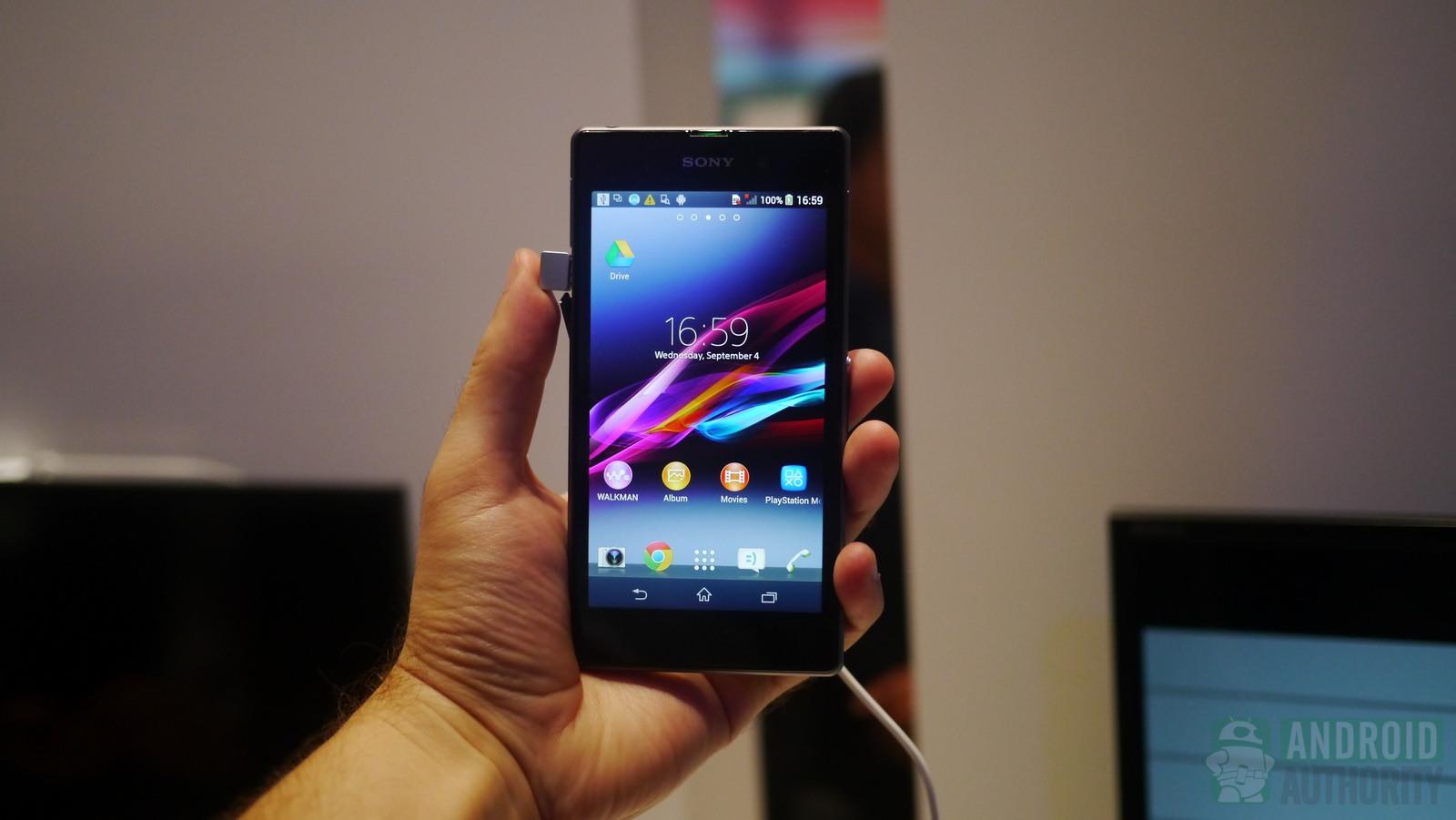 """تصاویر رسمی""""هونامی"""" گوشی هوشمند سونی اکسپریا Z1  در نمایشگاه IFA 2013"""