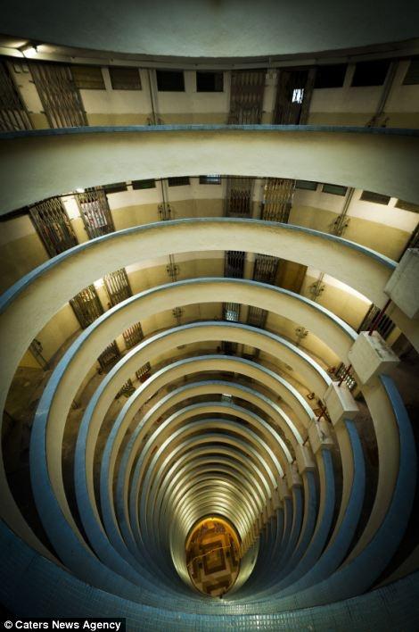 عکسهای هیپنوتیزم کننده از بلوک های آپارتمانی در شلوغترین مناطق جهان