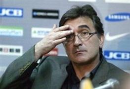 برانکو: تصمیمی که کروش درباره رحمتی گرفت به صلاح تیم ملی بود/ به احتمال 90 درصد به ایران برمی گردم