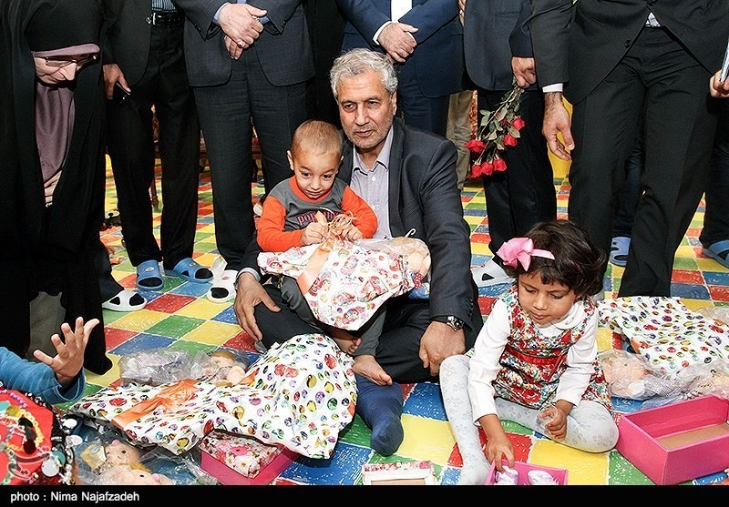 """""""کُپلک""""،هدیه آقایوزیر به کودکان"""