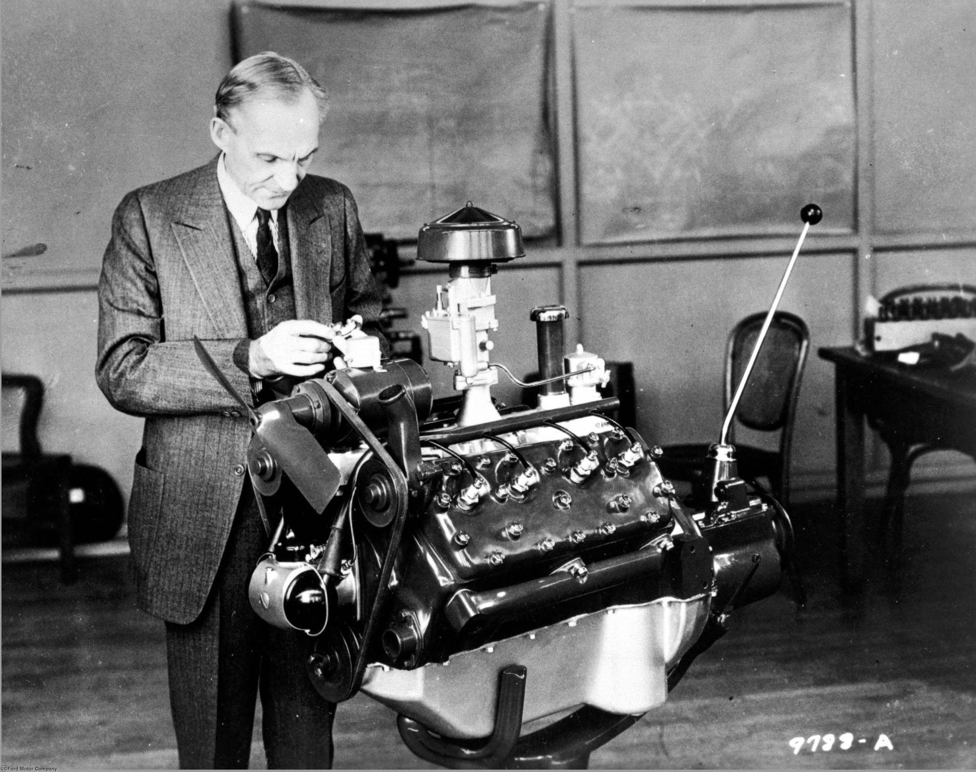 پدر تولید انبوه/ رکورد تولید خودروسازان وطنی برابر با تولید 90 سال پیش کارخانه فورد