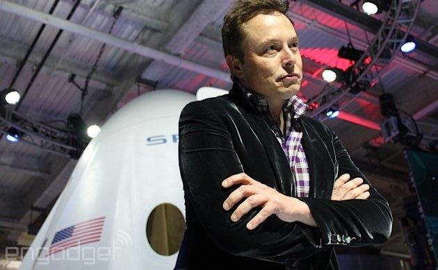 این مرد میلیاردر با 700 ماهواره میخواهد به همه دنیا اینترنت رایگان بدهد / رقیب جدید فیس بوک و گوگل