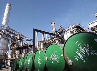 دورههای نفتی اقتصاد ایران چگونه است؟/ روزی رونق نفتی، روزگاری کمبود درآمد