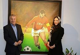 علی پروین نمایشگاه نقاشی عروس اش را افتتاح کرد