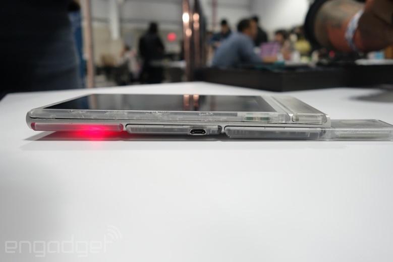 موبایل «تکهتکه» گوگل را ببینید، محصول اولیه پروژه«آرا»