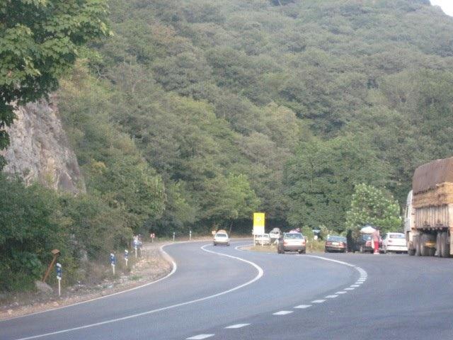 واکنش سازمان محیط زیست به نامه ۱۵۱ نماینده مجلس برای تسریع در ساخت جاده جنگل ابر/ نابود می شود