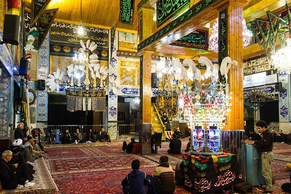 حفظ سنت در تکیه تاریخی دربند/ تکیهای ۲۰۰ ساله که نقش زیادی در هویت بخشی به تهران دارد