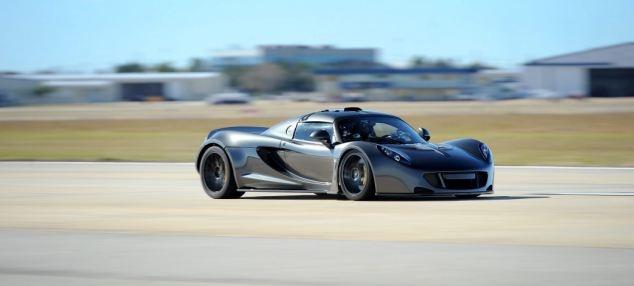 شکستی برای بوگاتی؟/این اتومبیل سریعترین اتومبیل جهان شد با سرعت 435 کیلومتر