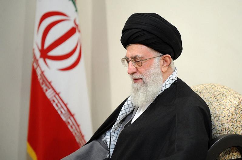فتوای رهبر انقلاب درباره حرمت ساخت سلاح اتمی زمینه تولید نظریه های اسلامی حقوق بین الملل است