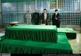 دهه فجر,آیتالله خامنهای رهبر معظم انقلاب