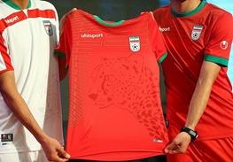 نارضایتی کاربران خبرآنلاین از طرح پیراهن تیم ملی ایران در جام جهانی فوتبال