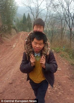 فداکارترین پدر دنیا را ببینید