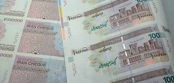 با مجوز بانک مرکزی صورت گرفت: ایران چک های 100 هزار تومانی به مبادلات راه یافت