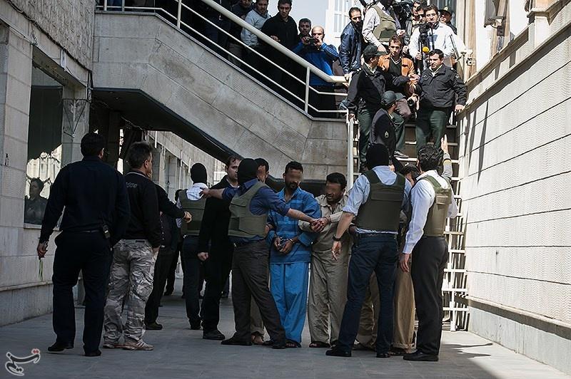 بازسازی صحنه سرقت مسلحانه از طلافروشیشادآباد