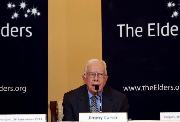 جیمی کارتر: ای میل هایم را رصد می کنند/ برای رهبران جهان با پست نامه ارسال می کنم