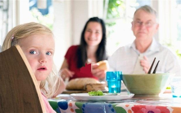 فرزندان پدران پیرتر، جذابیت کمتر ولی عمر طولانیتری دارند