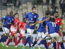 رکورد استقلال با قلعه نویی/ یک برد در ۹ بازی