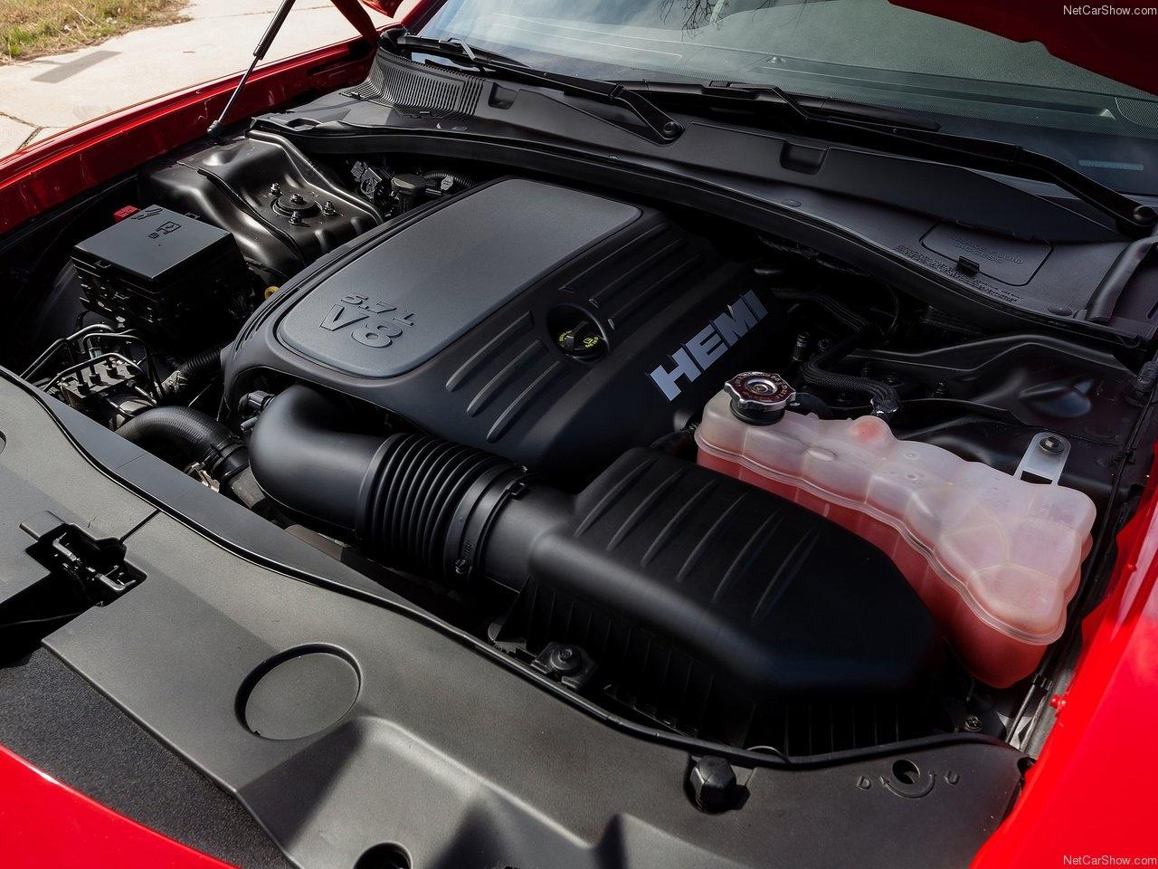 خودروی غافلگیرکننده چارجر 2015 به مناسبت صدمین سالگرد فعالیت دوج