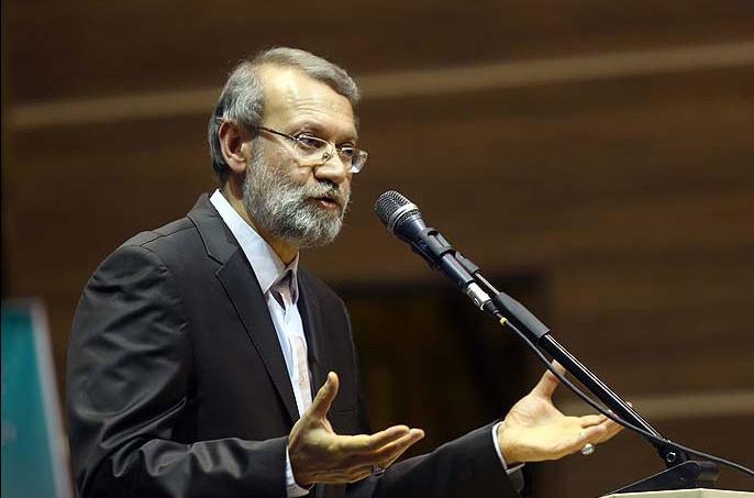 لاریجانی: تحقق عدالت بدون جمهوریت امکانپذیر نیست/ سپاه از پایهها و دستاوردهای انقلاب صیانت میکند