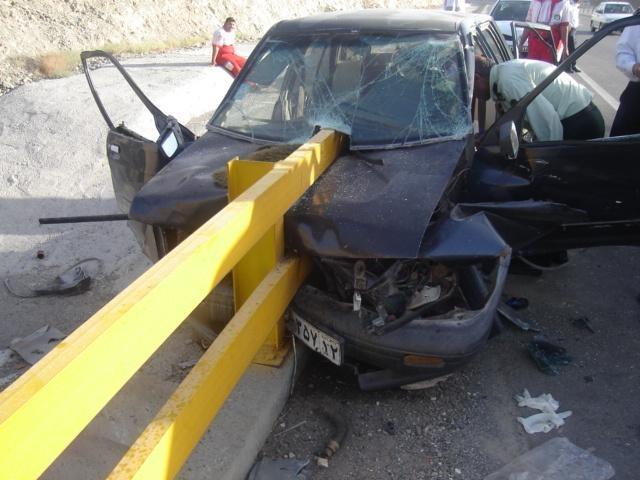 تصادف 6 خودرو، 5قربانی گرفت/ 8کشته و 23مجروح در 4تصادف