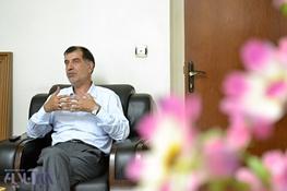 اصولگرایان,محمدرضا باهنر,محمود احمدینژاد