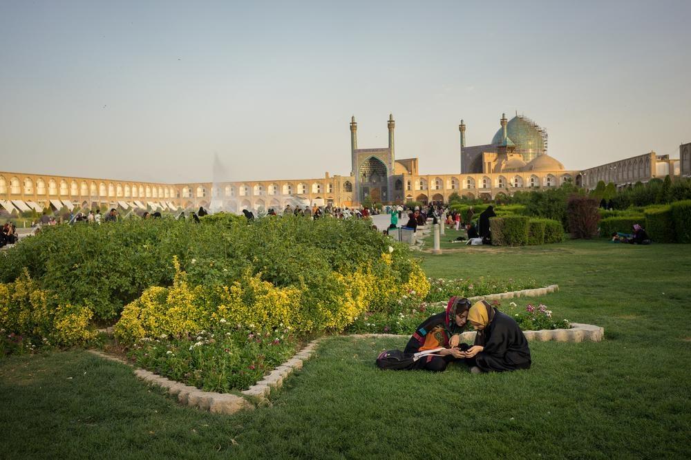 تصاویری که عکاس الجزیره از ایران تهیه کرده است/ ایران، شیر خفته، چین آینده