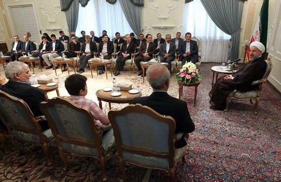 دیدار جمعی از وزرا، معاونان و مقامهای دولت به مناسبت عید سعید فطر با رئیس جمهور