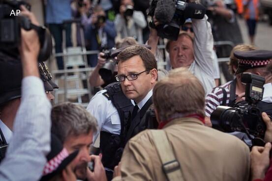 18 ماه زندان برای مشاور مطبوعاتی سابق نخست وزیر انگلیس