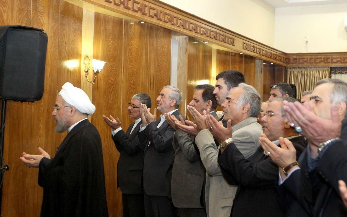 ضیافت افطار اعضای دولت با رییس جمهوری