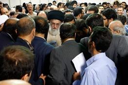 آیتالله خامنهای رهبر معظم انقلاب,شعر