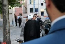 محمود احمدی نژاد,روح الله حسینیان