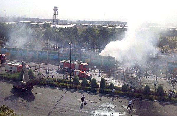 تصاویری از سقوط هواپیمای مسافربری سپاهان ایر