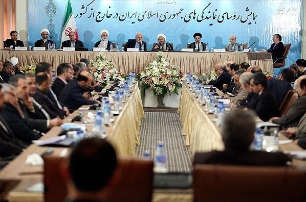جواد لاریجانی: دنیا به زودی متوجه توخالی بودن شعارهای حقوق بشری غرب خواهد شد