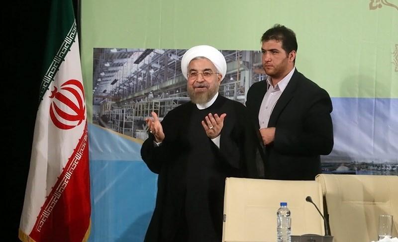روحانی: صدا و سیما حاضر نیست خدمات دولت را به مردم بگوید/ مردم گوششان به رادیو و تلویزیون نیست