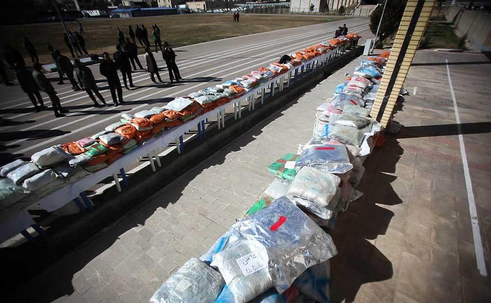 توقیف بزرگترین محموله موادمخدر ایران در شیراز/ 7تن تریاک از تانکر کشف شد