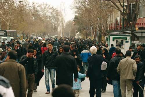 آتشفشان رشد جمعیت در تهران فروکش کرده/رشد جمعیت حومه تهران،سه برابر شهر است