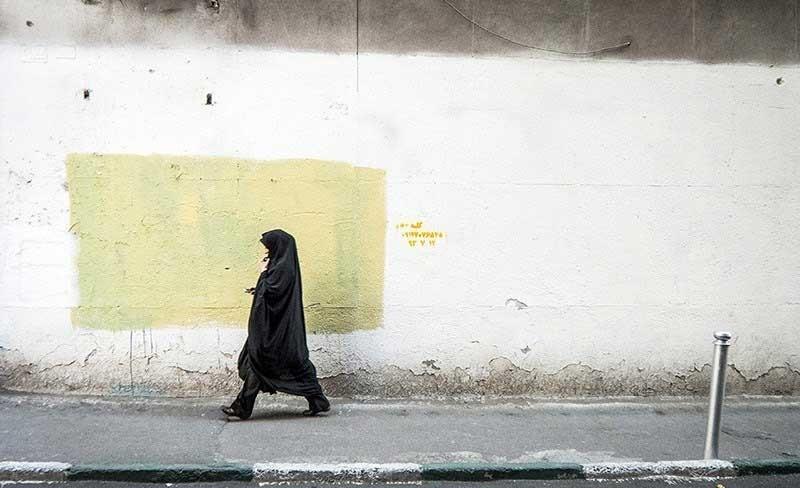 تهران بی رنگ را ببینید