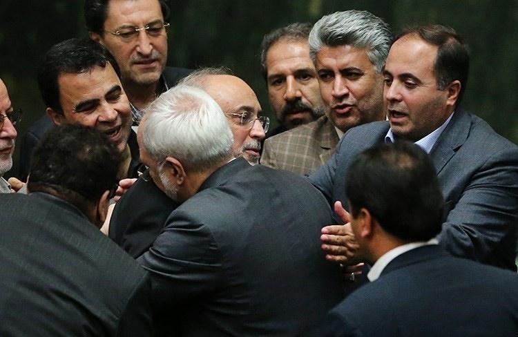 سخنان صالحی در مجلس در باره تهدید یکی از نمایندگان برای کشتن او (۴۰ ثانیه)