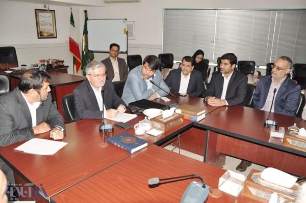 معاون وزیر خارجه در یزد:ظریف در یک روز  25 بار از نیویورک به تهران زنگ زد