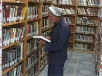 این پیرمرد عشایر ایلامی، دو هزار جلد کتاب خوانده است